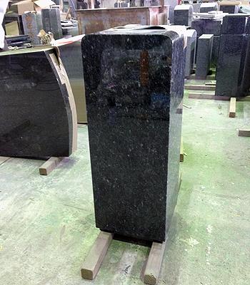 0228墓石